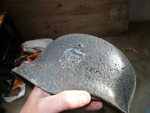 Wich abzeichen on helm ?