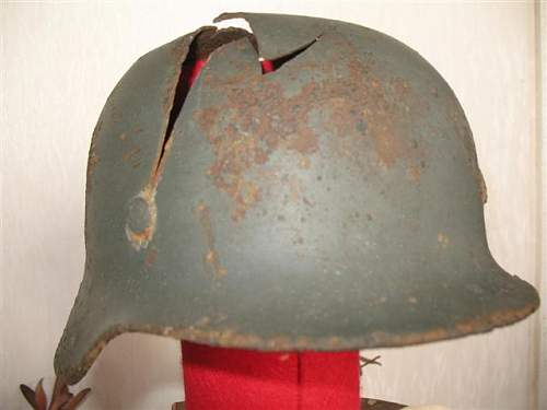 Click image for larger version.  Name:helmet collection 033 (Small).jpg Views:47 Size:32.4 KB ID:7533