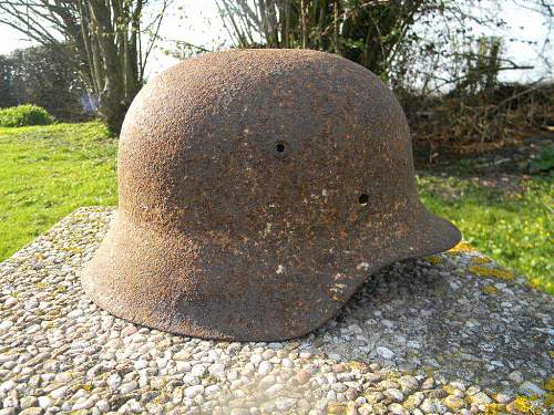 Need help with a helmet found in Auvilliers, France.