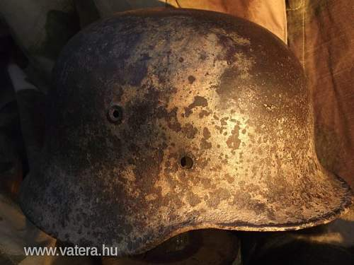M40 helmet - no decal - maybe white camo?