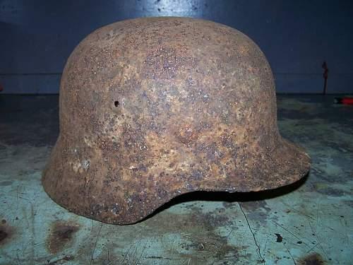 Click image for larger version.  Name:m 40 winter camo german helmet prerestored (2).jpg Views:224 Size:60.9 KB ID:16091
