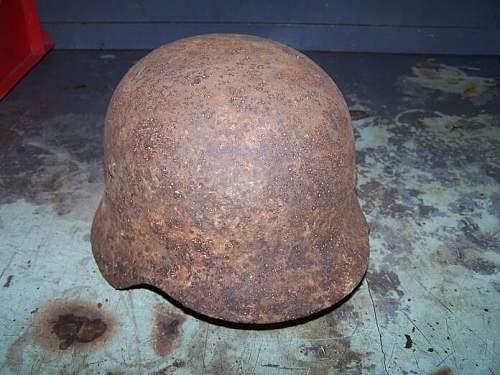 Click image for larger version.  Name:m 40 winter camo german helmet prerestored (4).jpg Views:488 Size:57.1 KB ID:16093