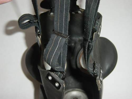 Click image for larger version.  Name:Respirator straps 002.jpg Views:323 Size:139.7 KB ID:28362