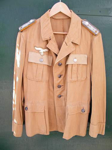 Luftwaffe tropical tunic, need help.