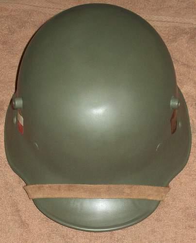 m-16 helmet -field green or apple green ?