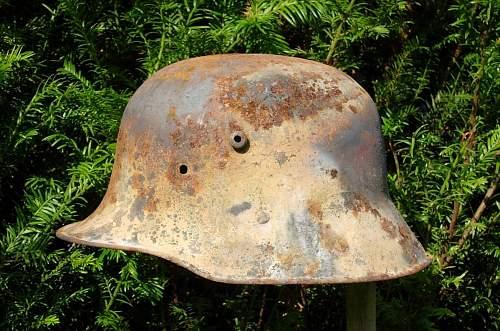 restoring M16 helmet what decals paint?