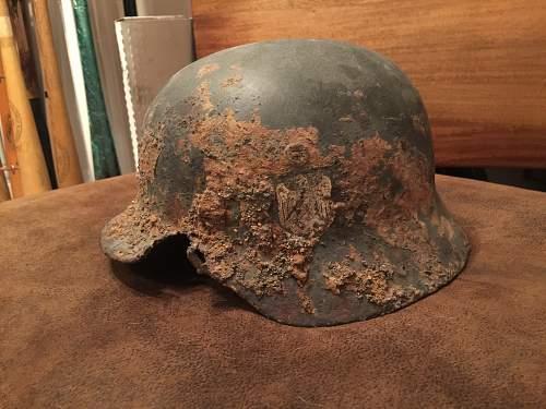 Click image for larger version.  Name:helmet3.jpg Views:42 Size:225.2 KB ID:906406