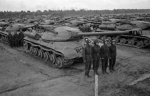 Stalin tanks