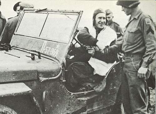 Click image for larger version.  Name:Soviet-Airborne--Jeep..jpg Views:3638 Size:159.1 KB ID:3057