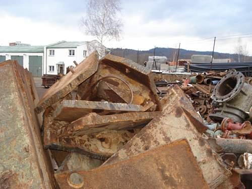 T-34 on the metal scrap