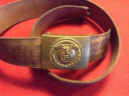 Is this a fake SA Belt buckle?