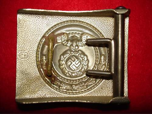 Question by marking the buckle
