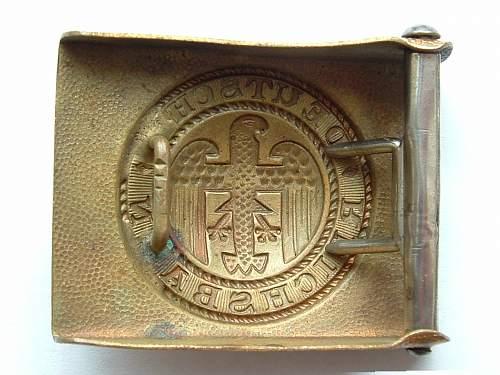 Click image for larger version.  Name:M4_39 F W Assmann Gold Art deco Reichsbahn Catalogue num ber 21249 Rear.jpg Views:7 Size:122.2 KB ID:816233