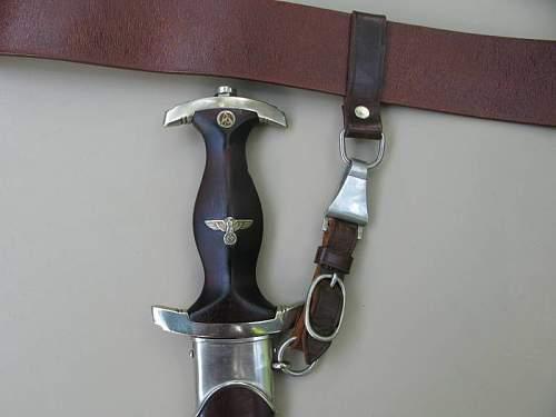 SA Tiger w/Belt and Buckle