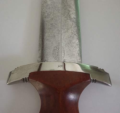 Click image for larger version.  Name:SA ground Rohm dedication dagger. 005.jpg Views:82 Size:161.3 KB ID:280433