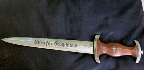 Click image for larger version.  Name:SS Knife showing Writing Use as 1st pic.jpg Views:391 Size:47.8 KB ID:402547