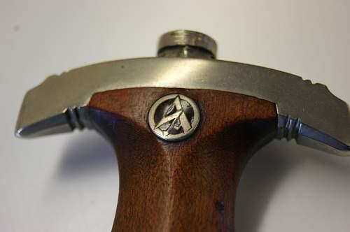 Opinions on early Anton Wingen Jr. SA Dagger