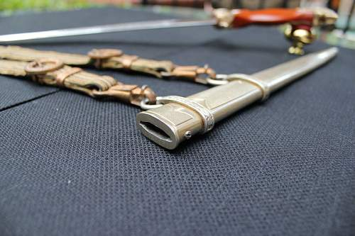 Click image for larger version.  Name:day closeup scabbard front.jpg Views:96 Size:91.8 KB ID:596730