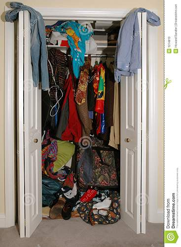 Click image for larger version.  Name:messy-closet-1274813.jpg Views:23 Size:137.8 KB ID:622177