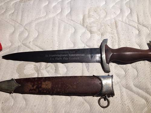 Strange etch on SA dagger