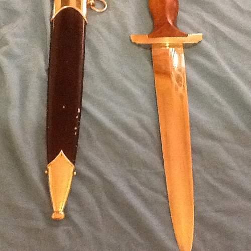 Help - SA dagger