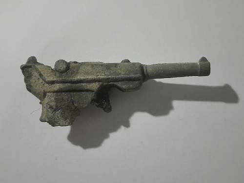 Hungarian p08 toy??