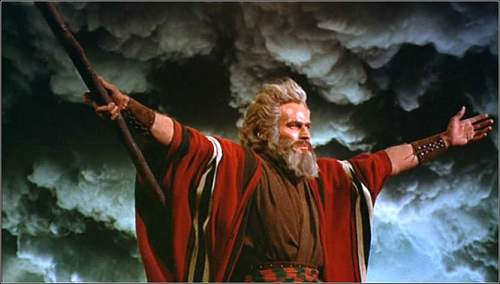 Click image for larger version.  Name:exodus_moses_charlton_heston_red_sea.jpg Views:0 Size:42.5 KB ID:543553
