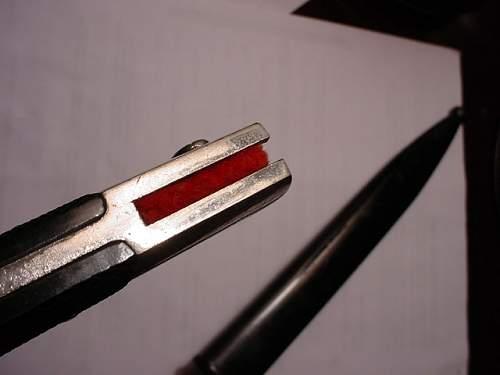 Minty dress short bayonet,red felt insert.