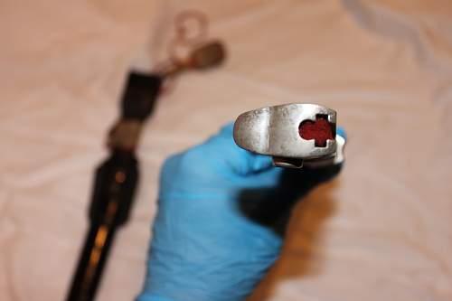Identifying dagger and portepee