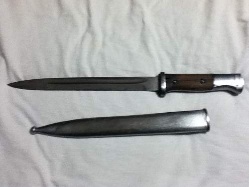 Siegfried Waffen E. Pack & Sohne Solingen bayonet with P.R.8. stamp.