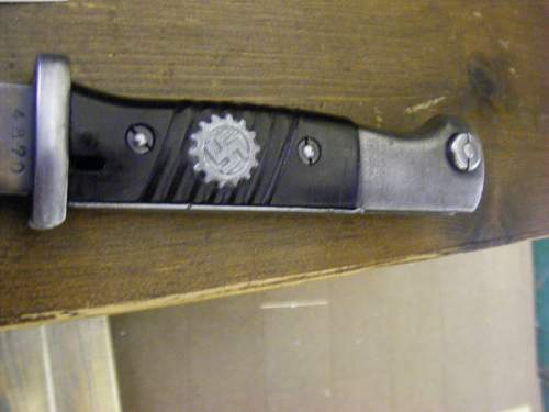 K98 bayonet with DAF badge in grip