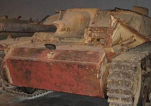 Click image for larger version.  Name:frontal paint on German armor.jpg Views:40 Size:79.0 KB ID:531209
