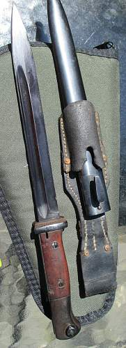 K98 with scabbard question