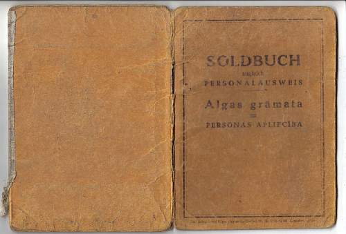 Two SS Soldbuch - What is inside?