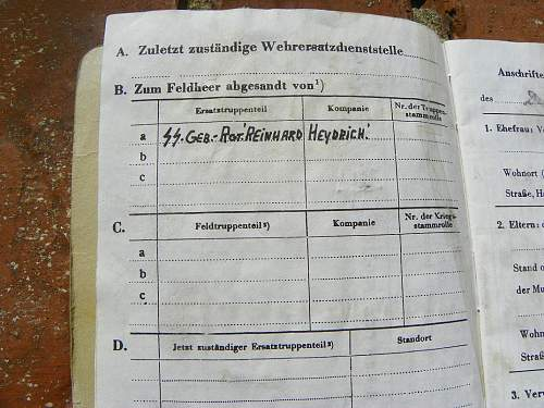 SS Soldbuch Reinhard Heydrich Rgt