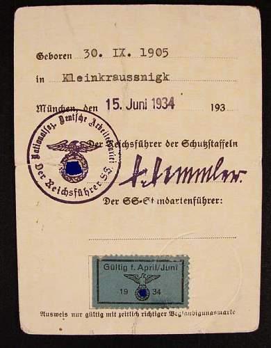 question about an SS Ausweis