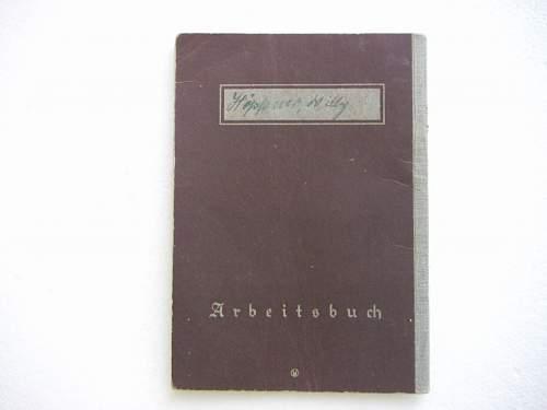 Click image for larger version.  Name:Arbeitsbuch (Work Pass) early 2.JPG Views:43 Size:316.7 KB ID:434514