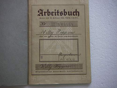 Click image for larger version.  Name:Arbeitsbuch (Work Pass) early 4.jpg Views:45 Size:265.5 KB ID:434515