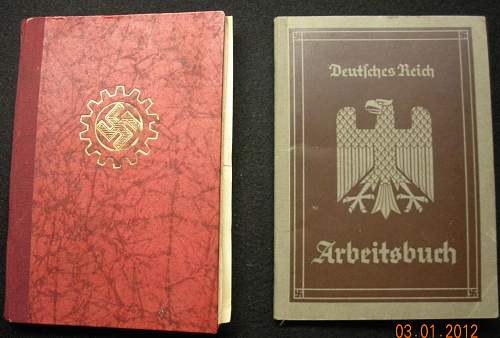 Click image for larger version.  Name:DAF u arbeitsbuch covers.jpg Views:54 Size:253.2 KB ID:434545