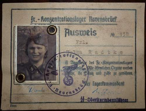 Click image for larger version.  Name:repro ss aufseherin ausweis a.jpg Views:5076 Size:110.3 KB ID:435849