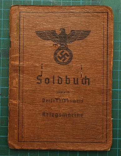 Click image for larger version.  Name:soldbuch1.jpg Views:398 Size:303.9 KB ID:450611