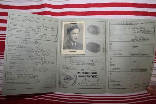 generalgouvernement kennkarte issued 19 IV (june?) 1942