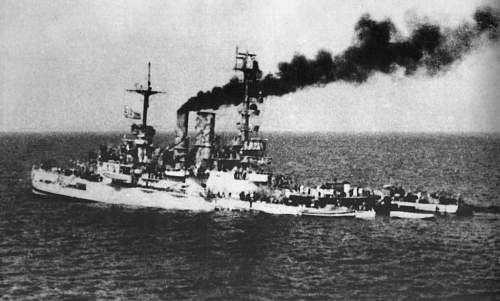 Click image for larger version.  Name:badly damaged line ship Schlesien on the 4th May 1945.jpg Views:309 Size:181.8 KB ID:773037
