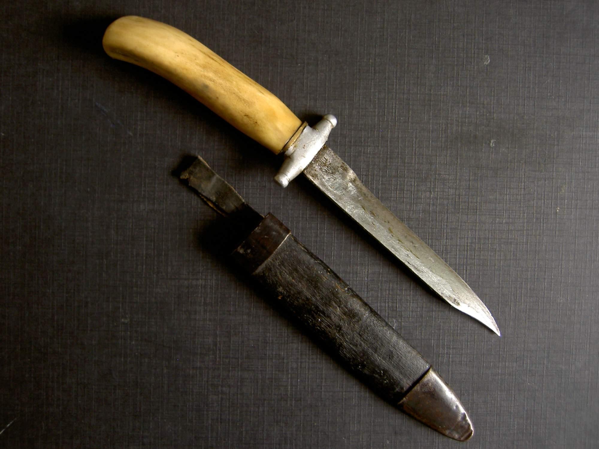 Trench Art Customized Razvedchik Knife