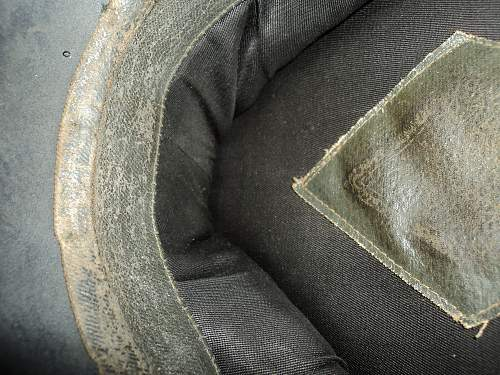 help identify this flea market find visor cap