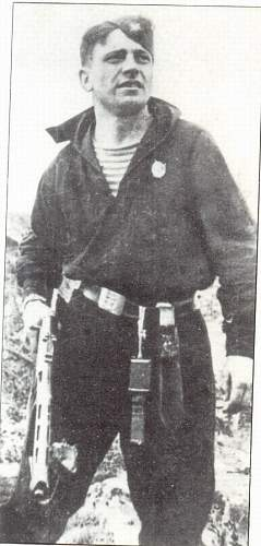 Interesting story- The photo of a red-fleet man  of 61 naval rifle brigade