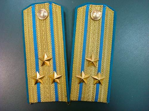 Original early post war Russian Navy officer tunic with shoulder boards!?