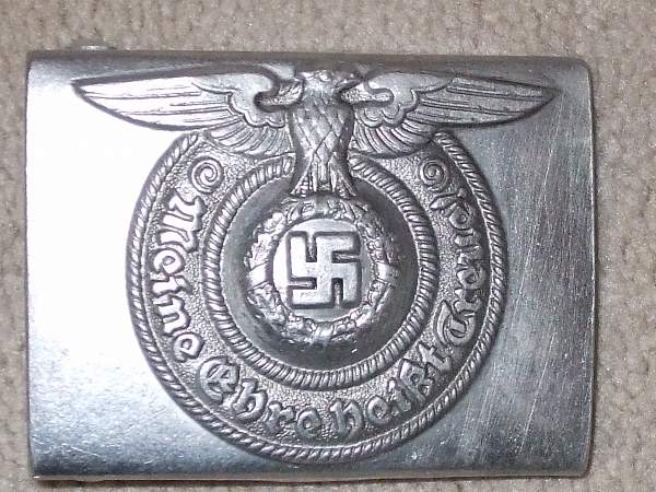 Click image for larger version.  Name:Militaria 014.jpg Views:25 Size:277.8 KB ID:23873