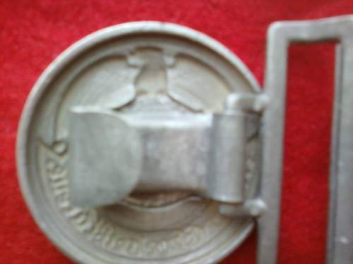 Click image for larger version.  Name:ss officers belt buckle back.jpg Views:110 Size:80.1 KB ID:241725