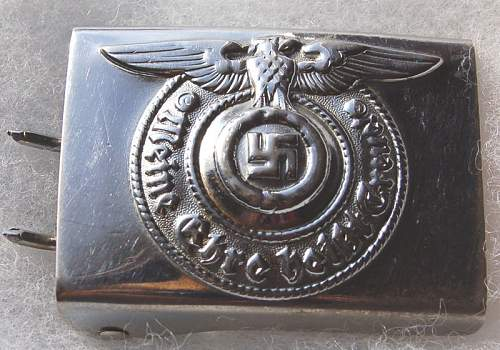 shiny steel SS buckle - real?
